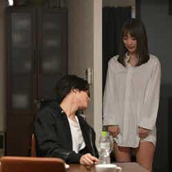 塩野瑛久、内田理央/第1話より(C)「来世ではちゃんとします」製作委員会
