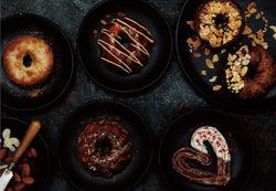 ミスド、鎧塚シェフとコラボ!「ショコラコレクション」食感とチョコにこだわった特別なドーナツ