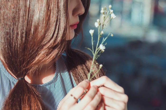 運命の恋が訪れる5つの前兆|出会いを逃さないコツは?/photo by GAHAG