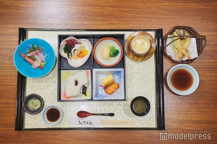 松花堂弁当(¥1,500税抜)(C)モデルプレス