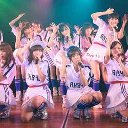 """""""アグレッシブ""""なメンバーで「攻撃的」な公演を行ったAKB48(C)AKS【モデルプレス】"""