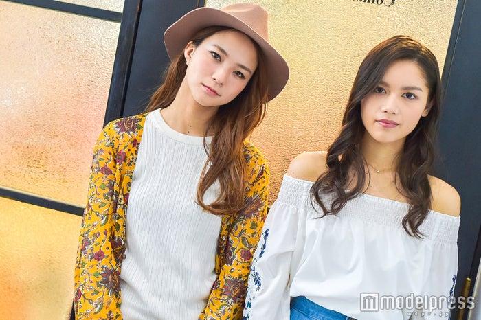 (左から)Leola、Anly (C)モデルプレス