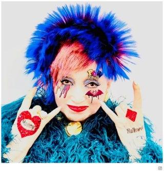 黒柳徹子、モヒカン姿のド派手ハロウィン仮装を披露「最高にクール」と話題に