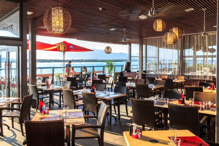 ダンディーズ・オン・ザ・ウォーターフロント/画像提供:Dundee's Restaurant on the Waterfront