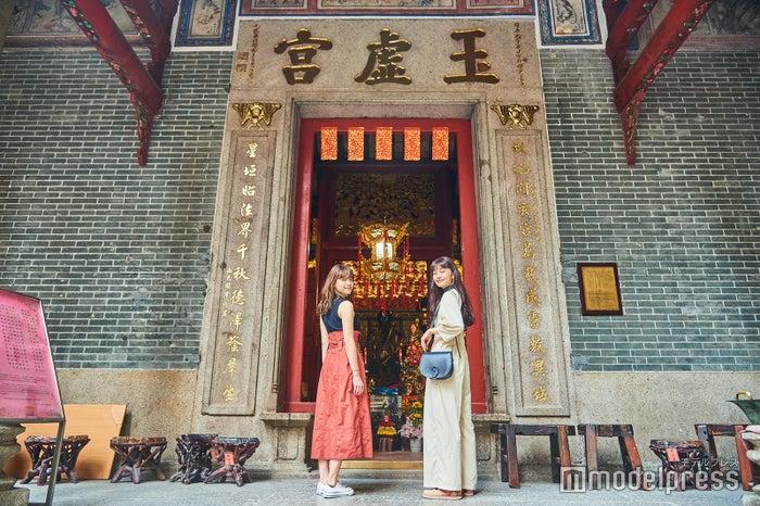 建物の装飾にも目を向けてみて。神獣や、中国で縁起がいいとされるコウモリなどが施されています (C)モデルプレス
