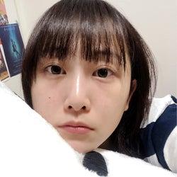 松井玲奈、寝る直前のすっぴんショットに「悶絶してます」の声