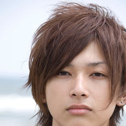 吉沢亮、中学時代の過去写真が話題「学年の3分の1から告白された」