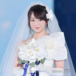 峯岸みなみ、ウエディングドレス姿で結婚相手の条件明かす  「婚活は禁止されていない」