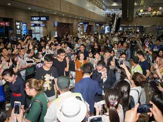 「昼顔」斎藤工、空港で怒られる 上戸彩との海外進出にファン殺到