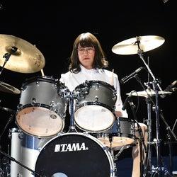 「家政夫のミタゾノ」最終回、TOKIO松岡昌宏が華麗なドラムさばき披露