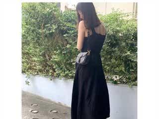 佐々木希、美背中チラリのブラックコーデに熱視線「後ろ姿も綺麗」
