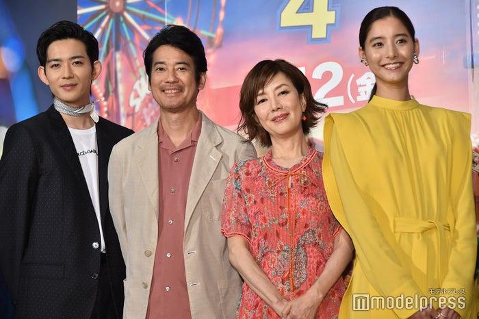 (左から)竜星涼、唐沢寿明、戸田恵子、新木優子(C)モデルプレス