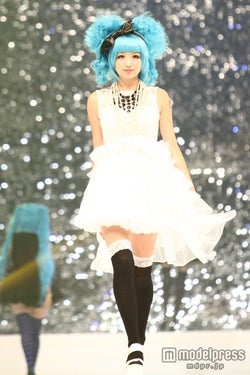 モデルプレス - 人気モデル、初音ミクファッションで日本のトレンドを発信