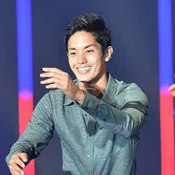 モデルプレス - サッカー日本代表・武藤嘉紀選手がサプライズ登場 爽やか笑顔に3万人が胸キュン<TGC 2015S/S>