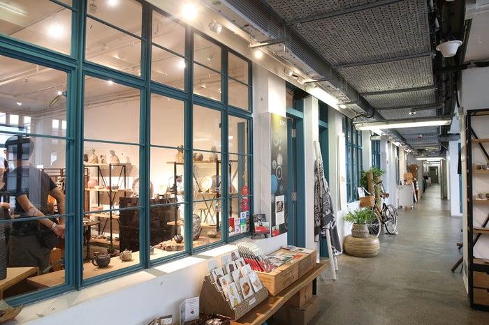 個性豊かな香港アーティストの店舗が軒を連ねる「PMQ」/提供画像