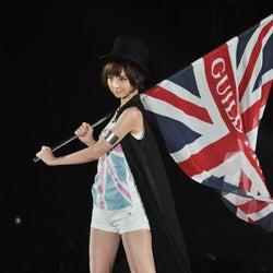 <速報>篠田麻里子、ナマ脚で堂々ウォーキング!「Girls Award 2012 S/S」開幕
