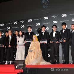 (左から)DA PUMP、浅田真央、竹内涼真、美輪明宏、田中圭、リリー・フランキー、辻一弘、千鳥(C)モデルプレス