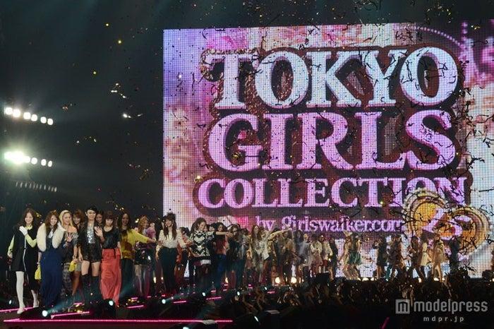 水原希子、香里奈、藤井リナら豪華モデルが秋冬ファッションを披露した「第15回 東京ガールズコレクション 2012AUTUMN/WINTER」