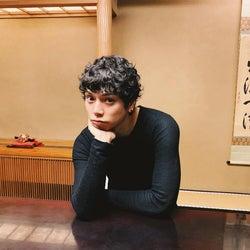 水嶋ヒロ、妻・絢香&愛娘とのランチデートで「すねちゃうよね」エピソード明かす