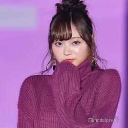 乃木坂46梅澤美波、堂々初ランウェイ 愛されニットで会場を魅了<GirlsAward 2018 A/W>