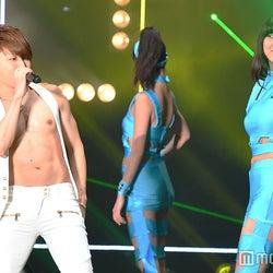 T.M.Revolution「HOT LIMIT」で会場が夏にナル!名曲オンパレードで圧倒<TGC2017 S/S>