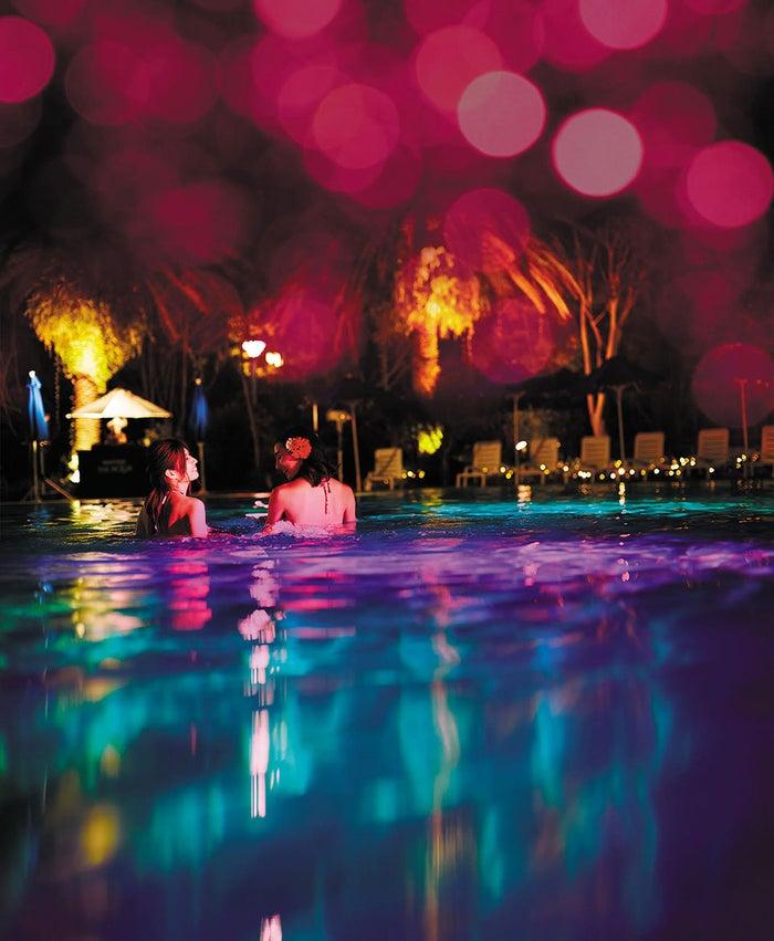 「ホテルニューオータニ」東京・幕張・大阪でプール開き!SNS映えナイトプールで都会流バカンス/画像提供:ホテルニューオータニ