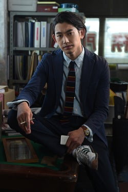 瑛太、スケベでおせっかいな探偵に 深田恭子・森田剛らも出演決定