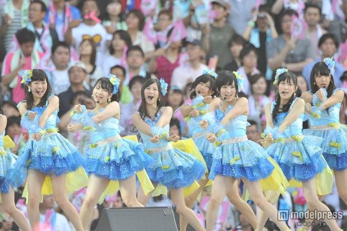 NMB48ライブの模様/「AKB48 スーパーフェスティバル ~日産スタジアム、小(ち)っちぇっ!小(ち)っちゃくないし!!~」