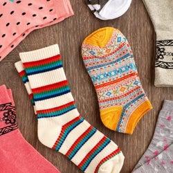 レインブーツからのぞかせても◎雨の日も楽しくなるかわいい靴下特集