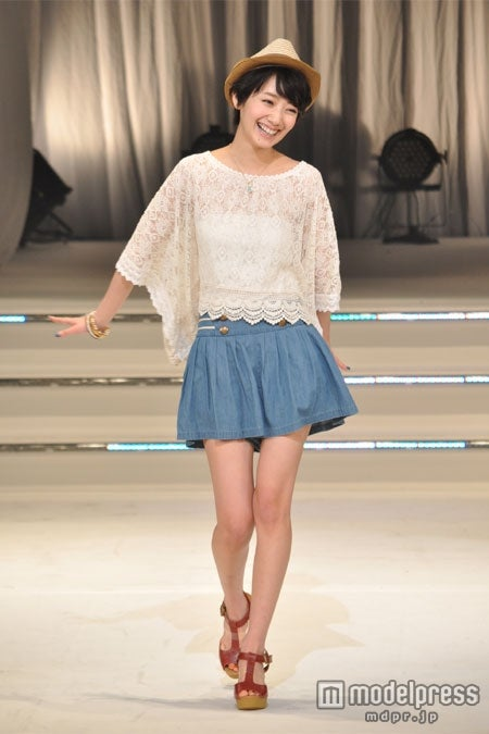 チャン・グンソクの恋人役を演じた波瑠