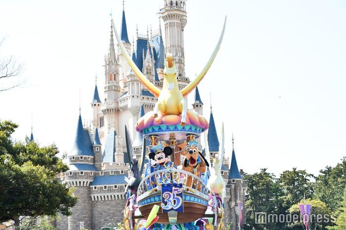 ミッキーマウス、プルート/パレード「ドリーミング・アップ!」(C)モデルプレス(C)Disney