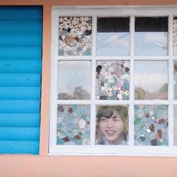 撮影:三宮幹史/井手上漠フォトエッセイ『normal?』公式ツイッター(@bakunohon0420)より