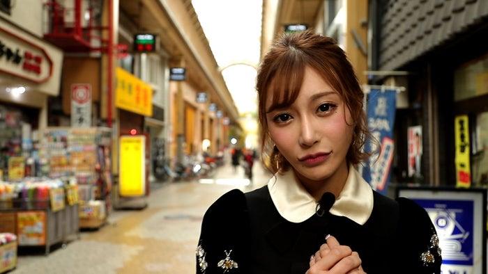 明日花キララ(写真提供:朝日放送テレビ)