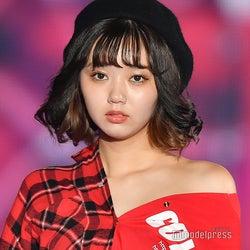江野沢愛美、SEXYコーデでランウェイ 美肌に釘付け<関コレ2018A/W>