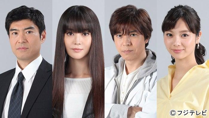 「櫻子さんの足下には死体が埋まっている」に出演する(左から)高嶋政宏、観月ありさ、上川隆也、新川優愛(画像提供:フジテレビ)