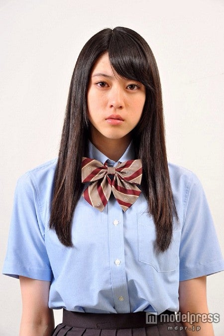 2014年7月スタートのEXILE・AKIRA主演の連続ドラマ「GTO」(毎週火曜よる10時、関西テレビ・フジテレビ系)に出演する三吉彩花