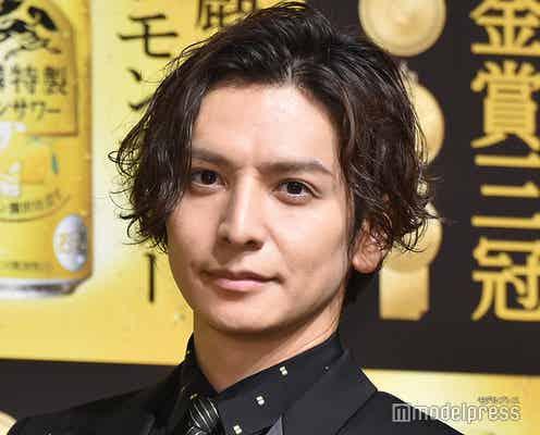 生田斗真、金メダル手に「輝きが違います」中村アンは髪型いじられ照れ笑い