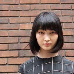 """モデルプレス - 菅野莉央""""ペット""""染谷俊之を鎖に繋いで…ドS女子役は「本気で楽しんでいました」子役時代から一変<インタビュー>"""