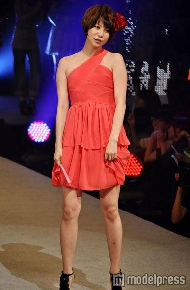 2011年5月開催の「チャリティnonコレ」に登場した田中美保