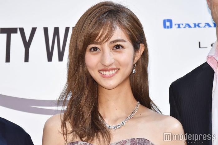 「Beauty Week AWARD」女優部門で受賞した堀田茜(C)モデルプレス