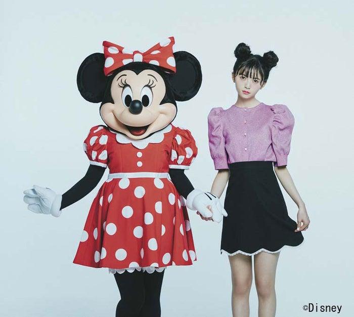 ミニーマウス&齋藤飛鳥(C)Disney