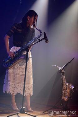 古畑奈和/井上ヨシマサ「神曲縛り」公演(C)モデルプレス