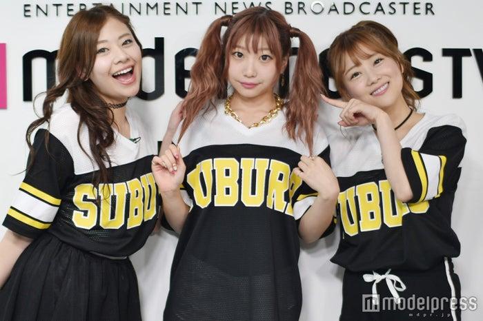 新生「LLS」/左から:希帆、新メンバー・ROSE、さっちゃん(C)モデルプレス