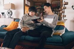 野村周平、清水尋也/「電影少女」第1話より(C)「電影少女2018」製作委員会