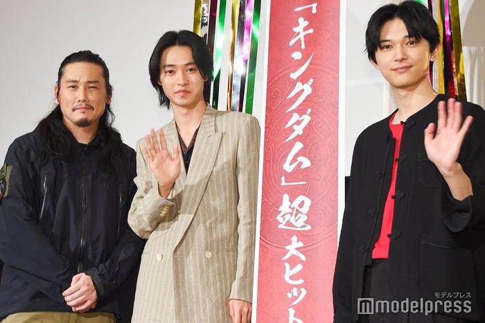 映画『キングダム』大ヒット舞台挨拶(左から)坂口拓、山崎賢人、吉沢亮 (C)モデルプレス
