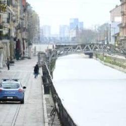 イタリア、新型コロナの死者8千人台 回復者1万人超