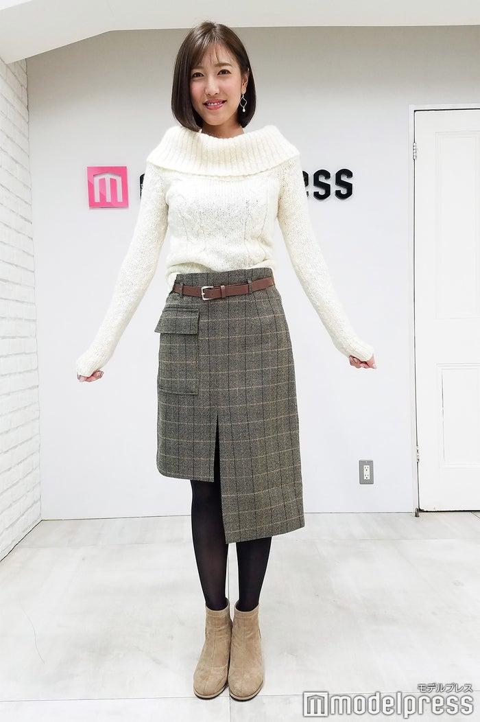 小澤陽子アナウンサー、この日の私服「セーターは中学生の頃からずっと着ているものです」(C)モデルプレス
