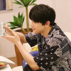 """吉沢亮、ファンと""""オンライン飲み""""ゆるトーク「最初はフワフワ、結局最後までフワフワ」"""