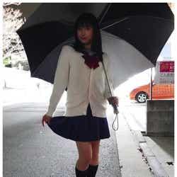 モデルプレス - 土屋太鳳、ミニスカ制服姿で美脚きわだつ「似合ってる」「可愛い」と絶賛の声