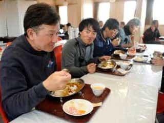 昭和基地ってどんなとこ? 宿舎、食事、寒さ…同行記者の体験